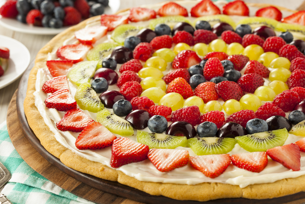 Dessert Pizza with Berries