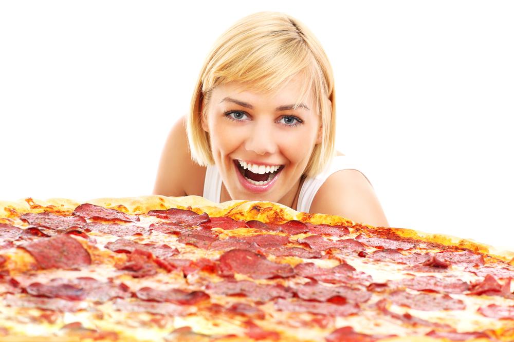 14 Warm & Cheesy Pizza Jokes To Brighten Your Day