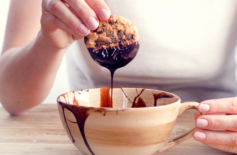 cookie-dipped-in-chocolate