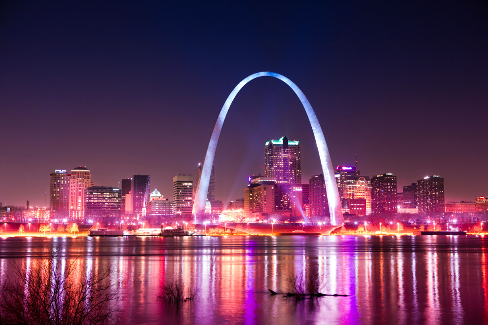 st-louis-at-night